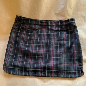 EUC Gap Grey/Maroon Plaid Skirt ~ Size 12